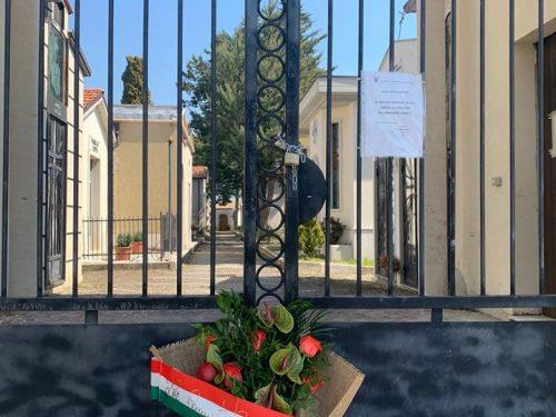 Dal Comune, fiori al Cimitero di Sant'Elena Sannita